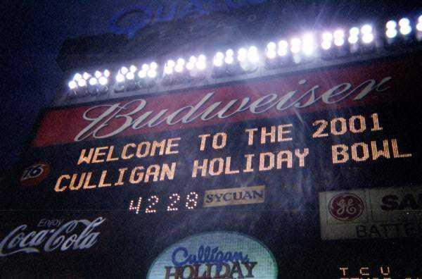 HolidayBowlScoreboard.jpg
